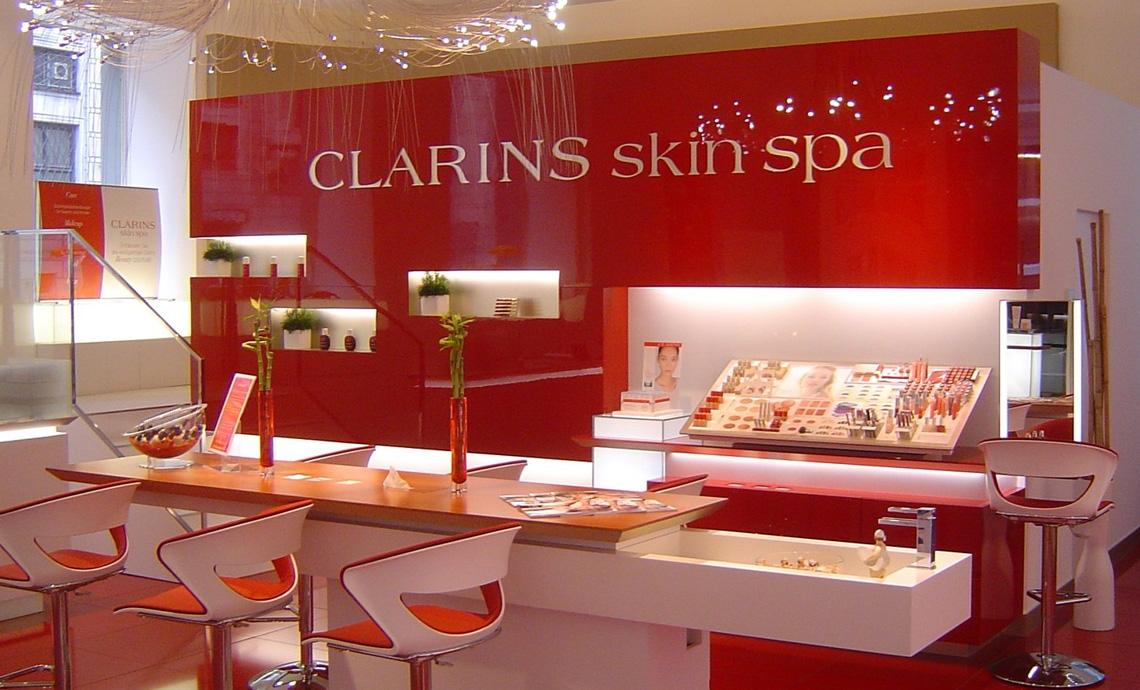 Institut clarins skin spa vivre munich for Clarins salon