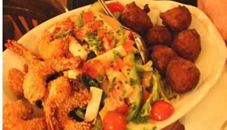Makassar cuisine fran aise la mode cr ole vivre munich for Apprendre la cuisine francaise
