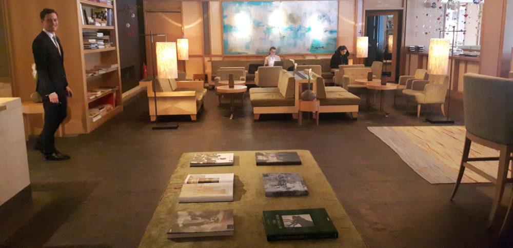 le top des h tels de luxe munich vivre munich. Black Bedroom Furniture Sets. Home Design Ideas