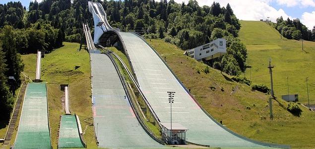 nouveau tremplin de saut à ski