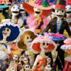 Poupées de la Fête des Morts mexicaine