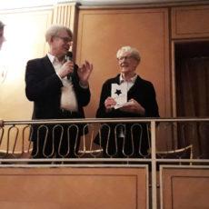 Marlies Kirchner du Theatiner Filmkunst de Munich reçoit le premier prix d'Europa Cinémas, avec Claude-Eric Poiroux, Fatima Djoumer