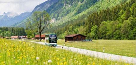 Bus dans les Alpes bavaroises par Solveig Eichner