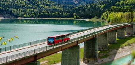 Hiemgau, bus sur un pont by DAV/Hipp